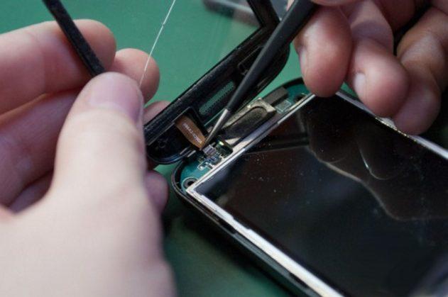 Замена сенсорного стекла в телефоне в Калуге