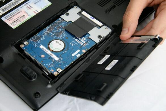 Замена жесткого диска или ssd в ноутбуке